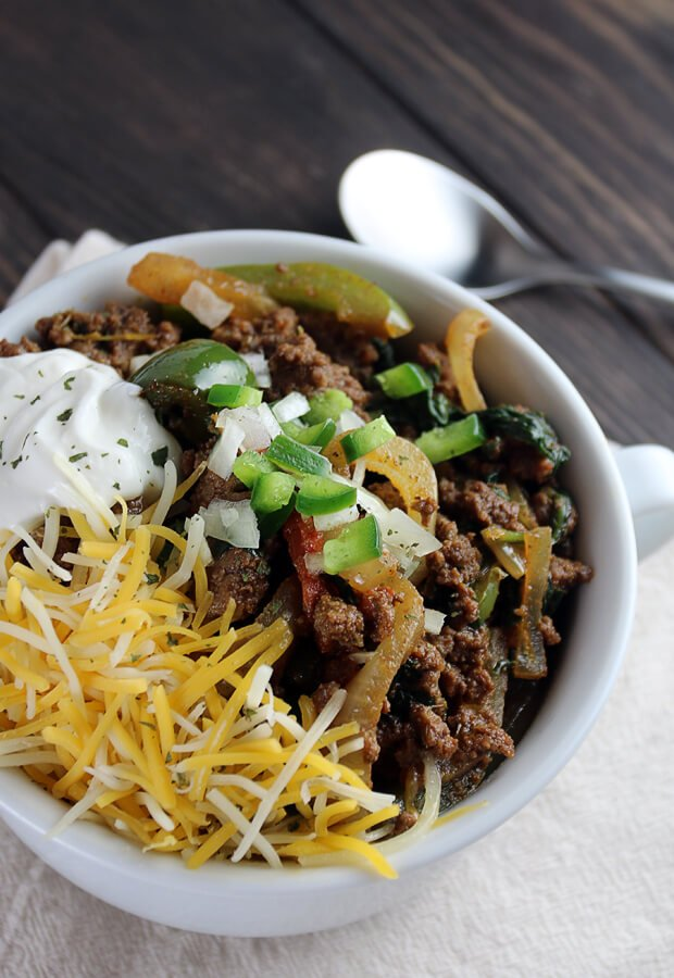 A stunningly easy #keto chili that's ready in just over 30 minutes. Plus, the leftovers last for days! Shared via //www.ruled.me