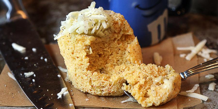 Green Chile Cheddar Mug Cake - Shared via www.ruled.me