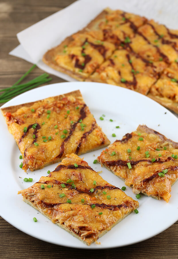 A delicious #keto #dairyfree pizza crust with some amazingly tangy bbq chicken on top. Shared via www.ruled.me