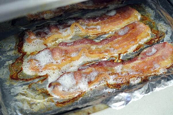01Cook bacon