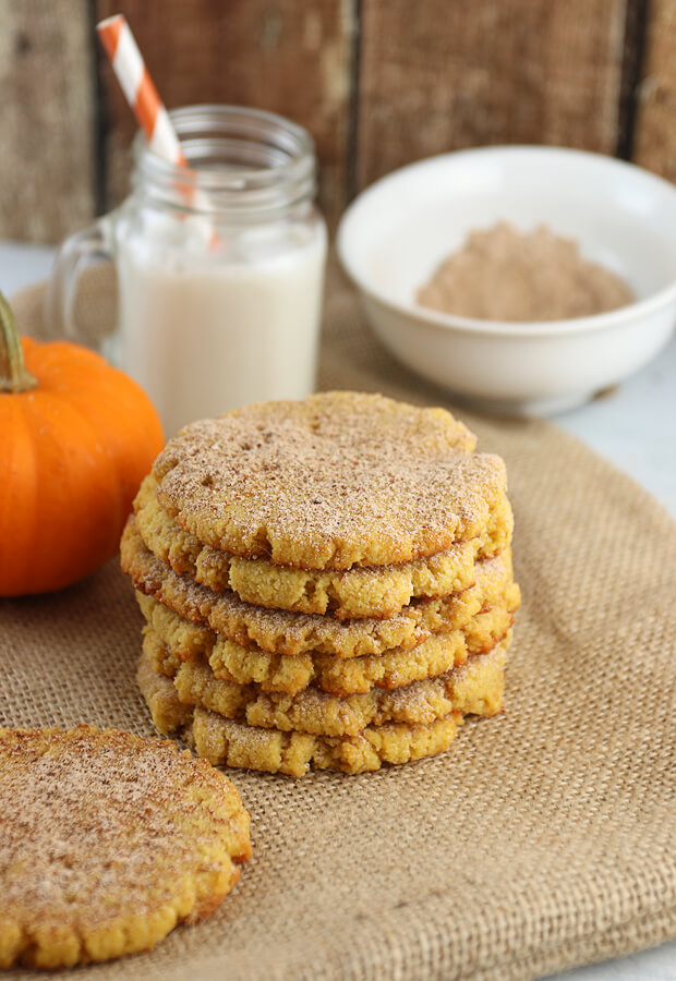 A delicious, simple batch of #Keto Pumpkin Snickerdoodle Cookies that will make the whole family beg for more. Shared via //www.ruled.me/
